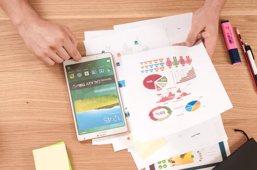 The 4 Best Business Growth Strategies For Service Professionals